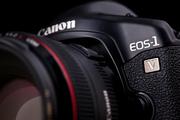 новая фотокамера Canon EOS-1V HS